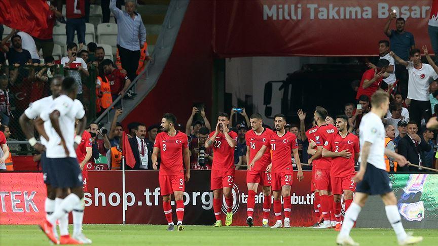 Futbolda 'milli mesai' başlıyor!