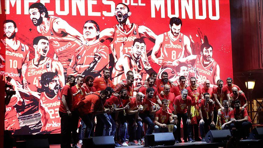 Basketbolda dünya şampiyonu İspanya ülkesine döndü