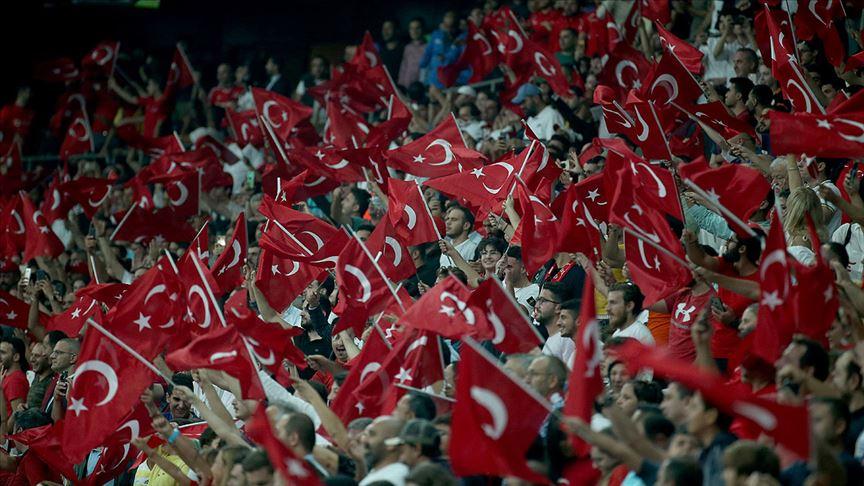 'Milli maç kapalı gişe'