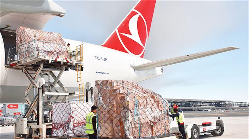 Hava kargonun yüzde 65'i İstanbul'dan geçti