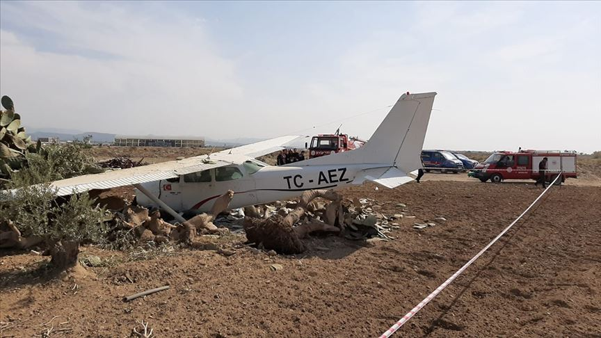 Antalya'da sivil eğitim uçağı düştü!