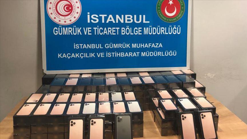 Sabiha Gökçen Havalimanı'nda 179 cep telefonu ele geçirildi!