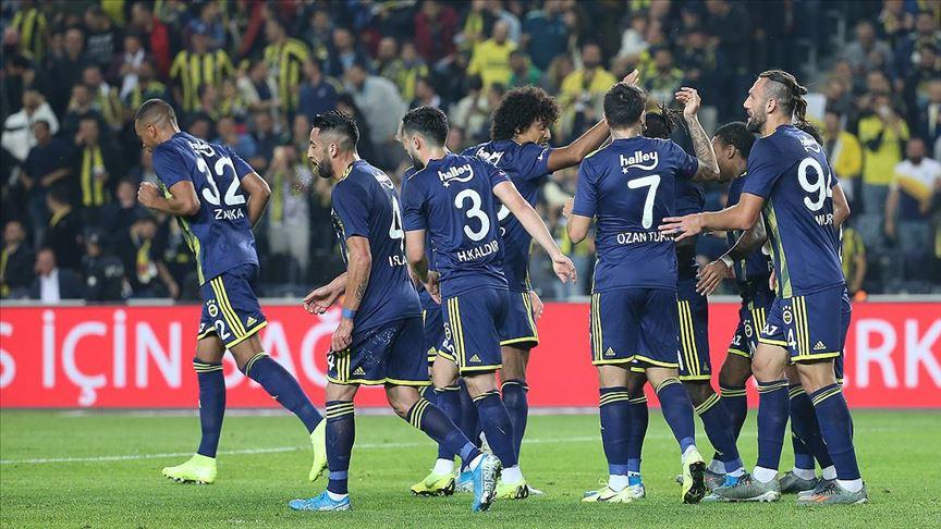 Fenerbahçe zirveye biraz daha yaklaştı!