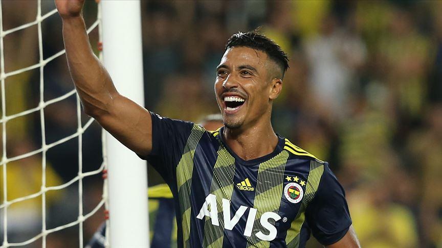 Fenerbahçe'de Nabil Dirar'ın sözleşmesi 2 yıl uzatıldı!