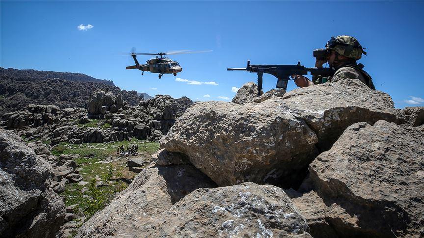 Ağrı'da hava destekli jandarma operasyonunda 8 terörist etkisiz hale getirildi