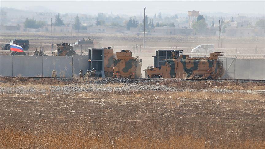 Türk-Rus ortak kara devriyesi provokasyonlara rağmen kararlılıkla sürdür.