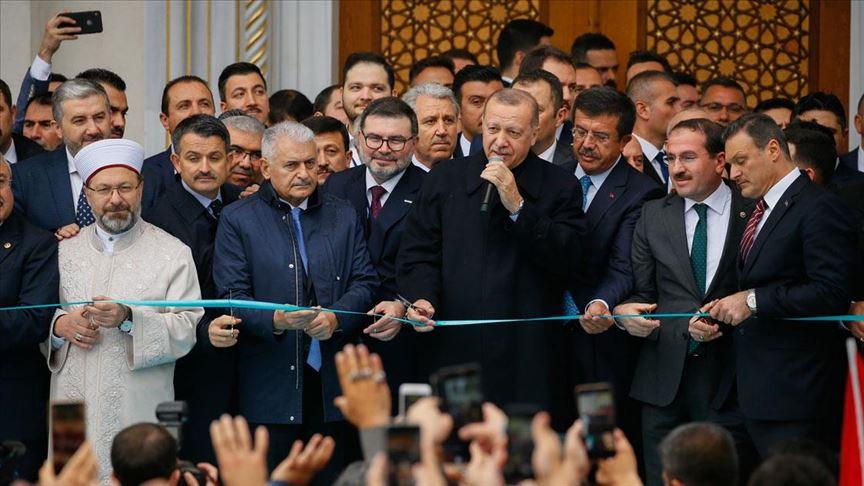Cumhurbaşkanı Erdoğan İzmir'de cami açılışına katıldı