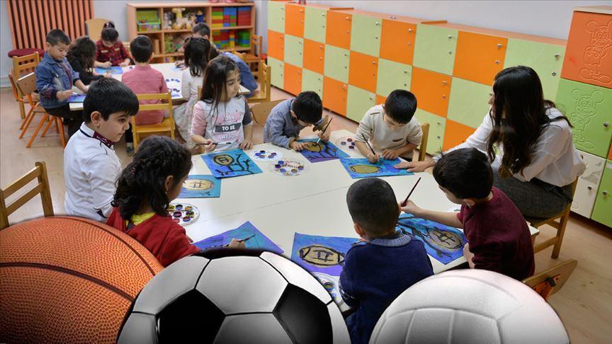 Spor camiası 24 Kasım Öğretmenler Günü'nü kutladı