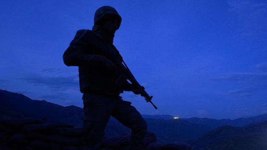 Yıldırım düşmesi sonucu Pençe Harekatı bölgesinde bir asker şehit oldu