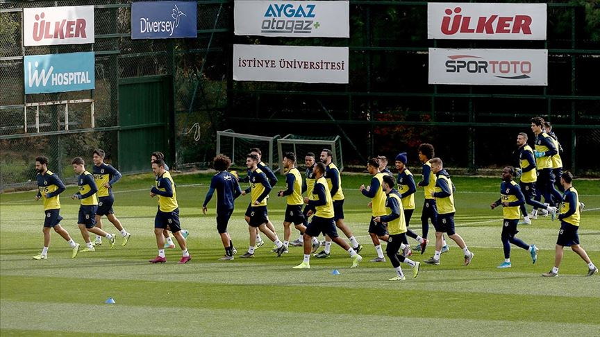Fenerbahçe, Göztepe'yle yarın deplasmanda karşılaşacak
