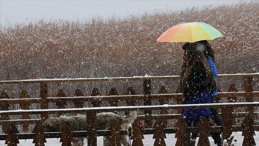 Ilgaz, Kartepe, Abant ve Düzce yaylalarına mevsimin ilk karı düştü