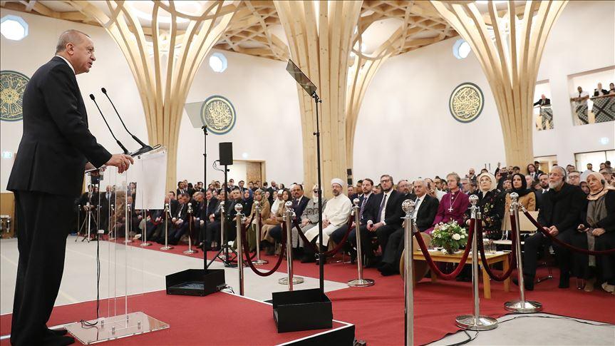 Cumhurbaşkanı Erdoğan: Cambridge Camisi yükselen İslam karşıtlığına en güzel cevap