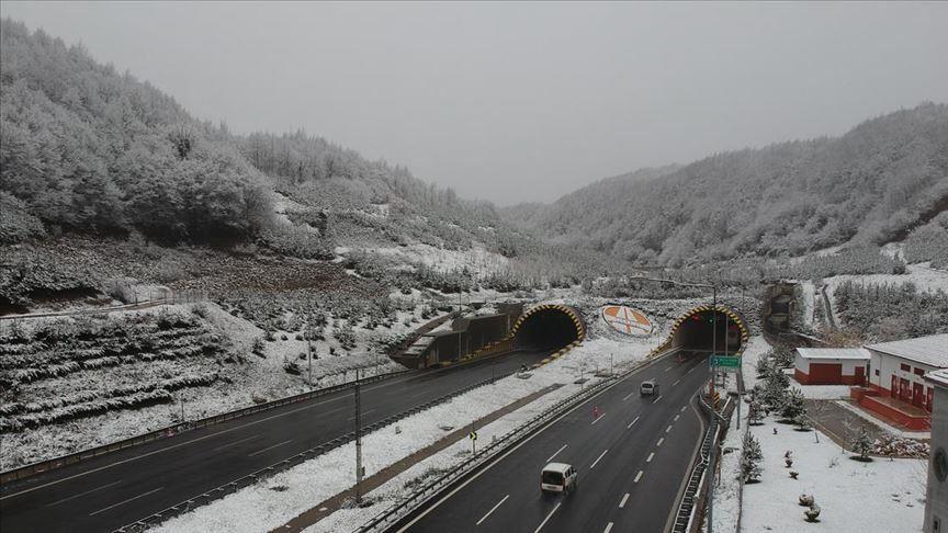 Bolu Dağı Tüneli, teknik kontrol nedeniyle trafiğe kapatıldı!