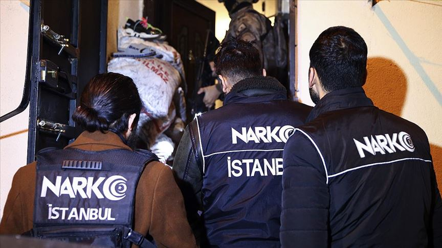 İstanbul'da uyuşturucu satıcılarına yönelik operasyon