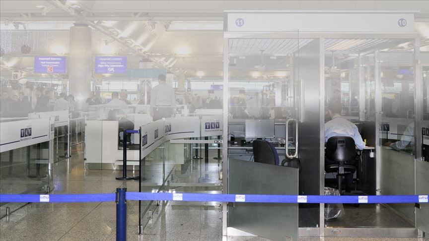İstanbul havalimanlarında göçmen kaçakçılığı yapan 3 polis tutuklandı!