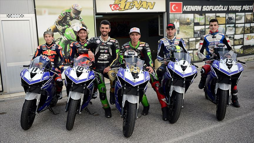 Kenan Sofuoğlu milli motosikletçileri yeni sezona hazırlıyor