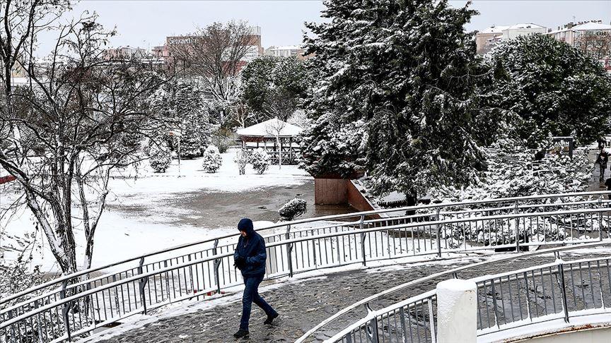 İstanbul'un yükseklerinde karla karışık yağmur ve kar bekleniyor
