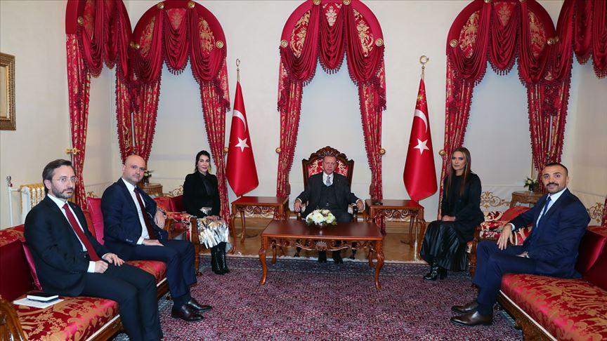 Erdoğan kadına şiddete karşı sosyal sorumluluk projesinde yer alacak sanatçıları kabul etti