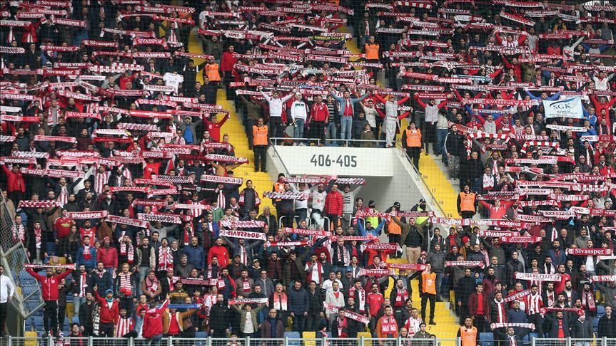 Süper Lig'de seyirci ortalaması 14 bine yaklaştı