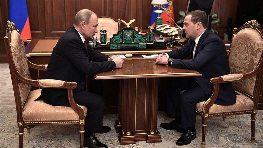 Rusya'da Hükümet İstifa Etti!