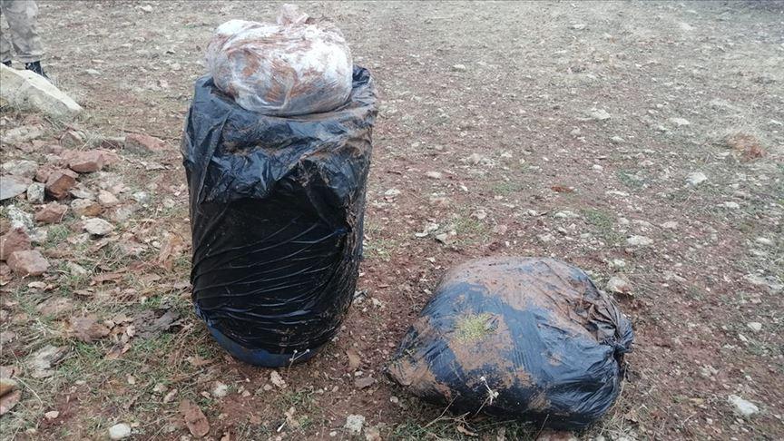 Diyarbakır'da 2 ton 379 kilogram esrar ele geçirildi