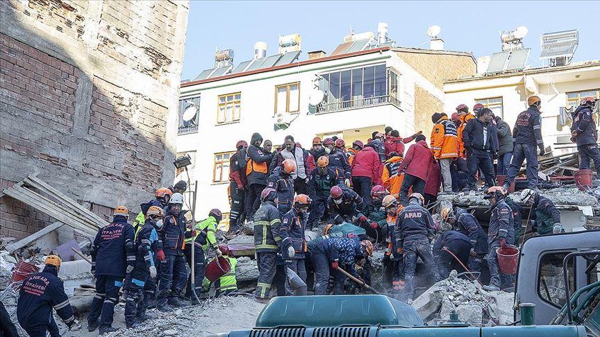 39 kişi enkaz altından kurtarıldı!