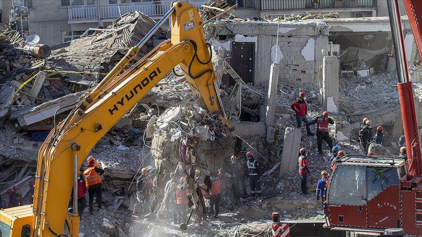 Elazığ'daki depremde 35 kişi hayatını kaybetti!