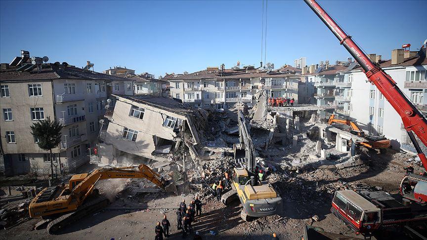 Elazığ'daki depremin üzerinden 3 gün geçti...