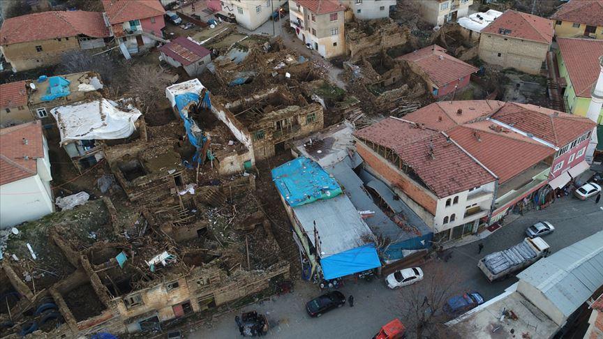 Malatya Valiliği 'Elazığ depremi'yle ilgili son durumu paylaştı