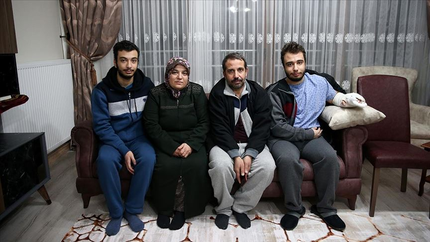 Elazığ'daki depremde enkaz altından kurtarılan Azize Çelik yeni evine kavuştu