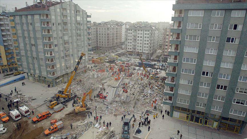 Türkiye'nin unutulmayan 16 yıllık acısı: Zümrüt Apartmanı faciası