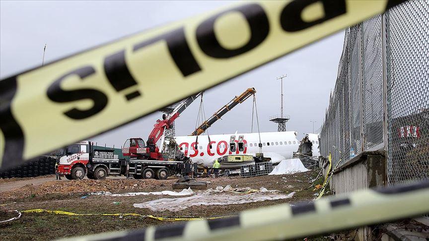 Turhan: Sabiha Gökçen'deki uçak kazasına ilişkin her türlü bilgi-belge toplandı