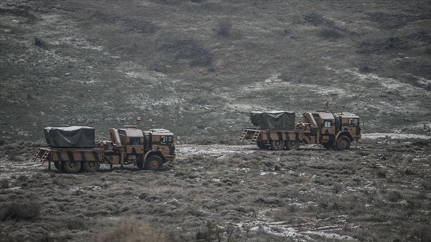 Çok namlulu roketatarlar Suriye sınırına konuşlandırıldı!