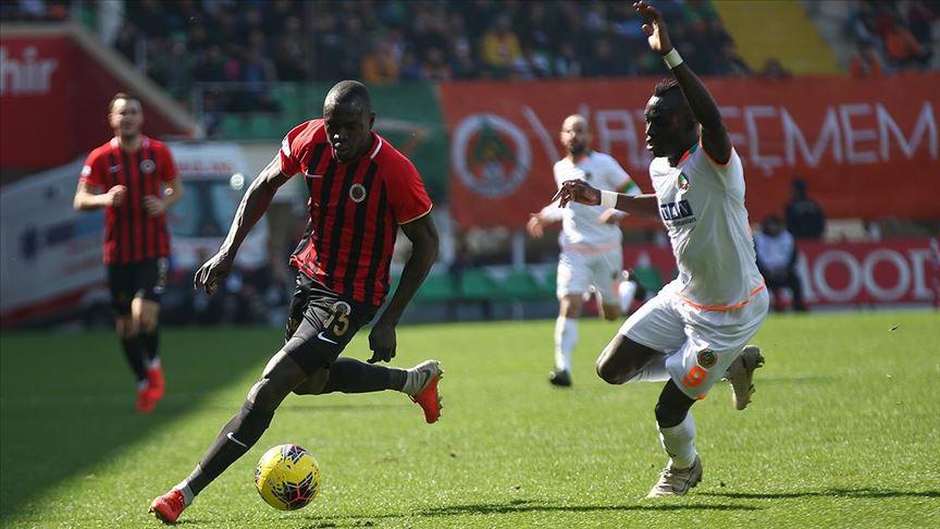 Gençlerbirliği, Alanyaspor'u deplasmanda 1-0 yendi