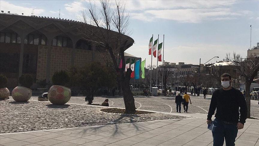 İran'da koronavirüs nedeniyle hayatını kaybedenlerin sayısı 12'ye yükseldi