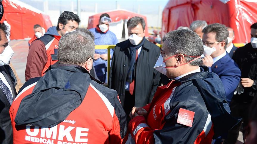Sağlık Bakanı Fahrettin Koca Dilucu Sınır Kapısı'nı ziyaret etti