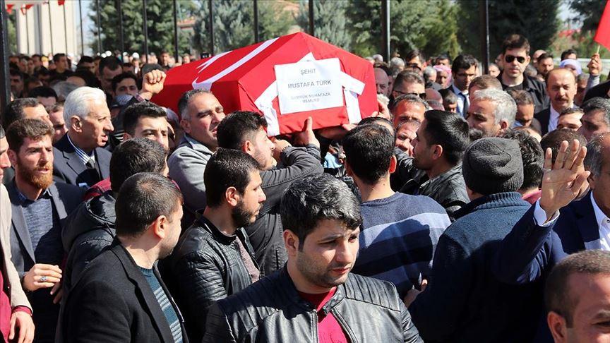 Ağrı'da şehit olan gümrük personeli Mustafa Türk son yolculuğuna uğurlandı