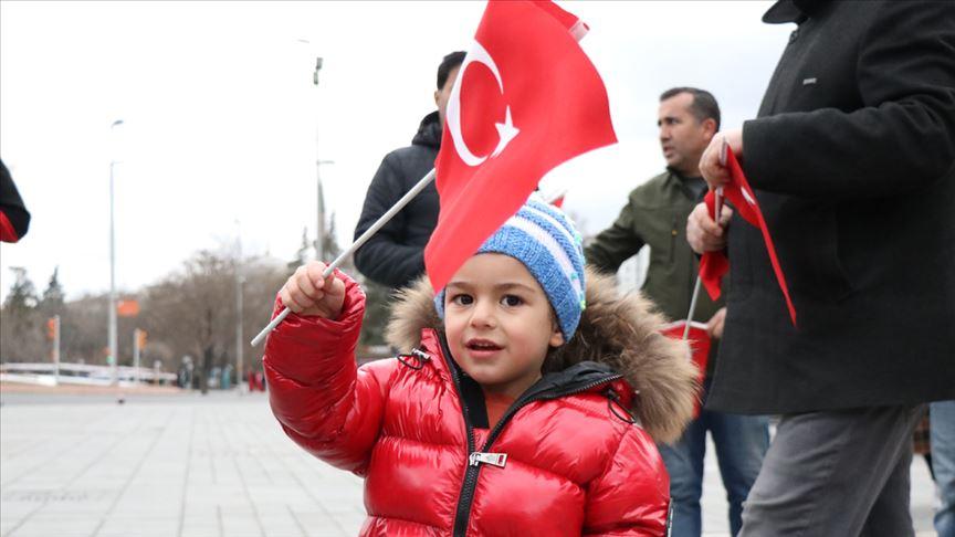Türkiye Mehmetçik için tek yürek oldu!