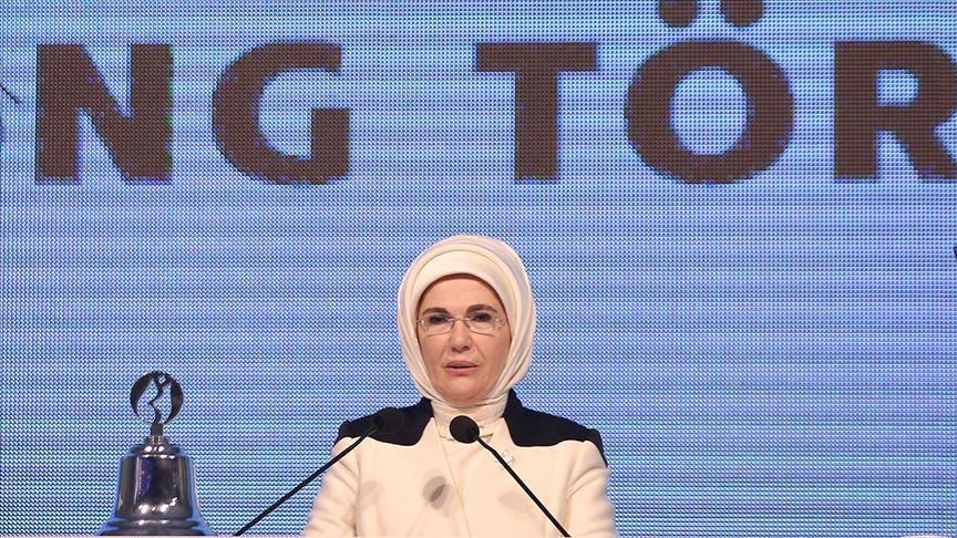 Emine Erdoğan: Kadınların iş gücüne katılma oranı erkeklere göre 4 kat daha hızlı arttı