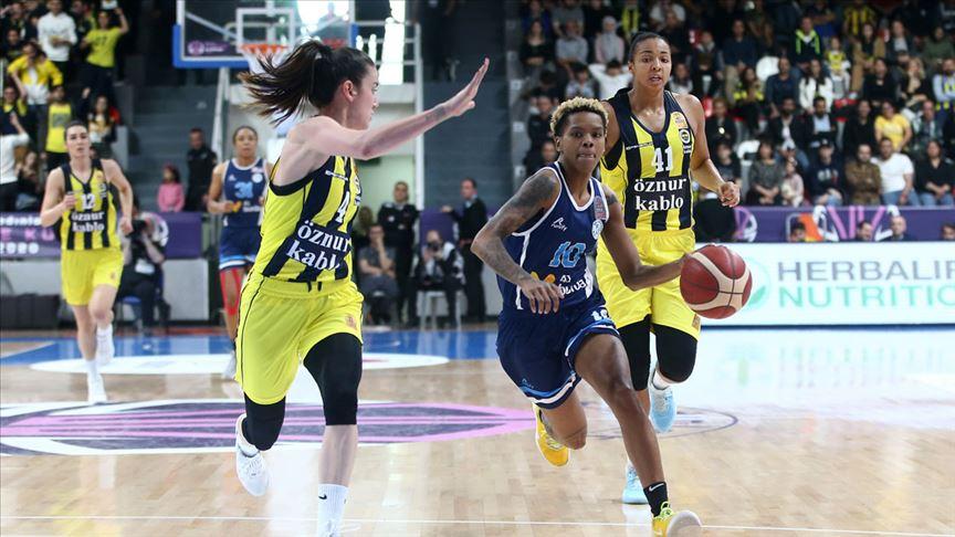 Basketbolda Kadınlar Türkiye Kupası Fenerbahçe Öznur Kablo'nun