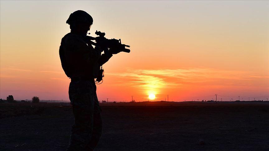 MSB: PKK/YPG'li 2 terörist teslim oldu!