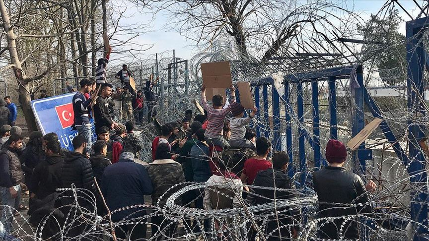 Sığınmacıların Avrupa kapısında bekleyişlerinin 17. gününe girildi