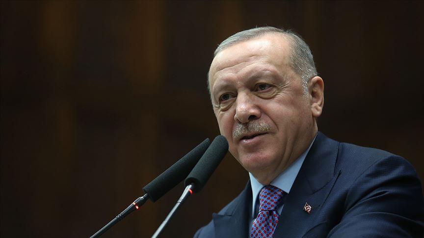 Cumhurbaşkanı Erdoğan, Miraç Kandili'ni tebrik eden Esma Çökmen'le telefonda görüştü