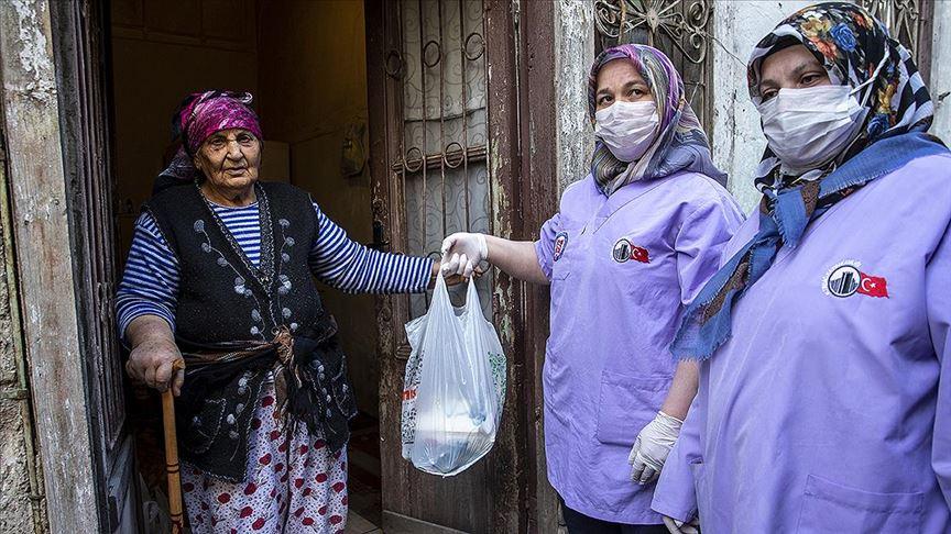 Başkentte yaşlı ve hastaların ihtiyaçları karşılanıyor