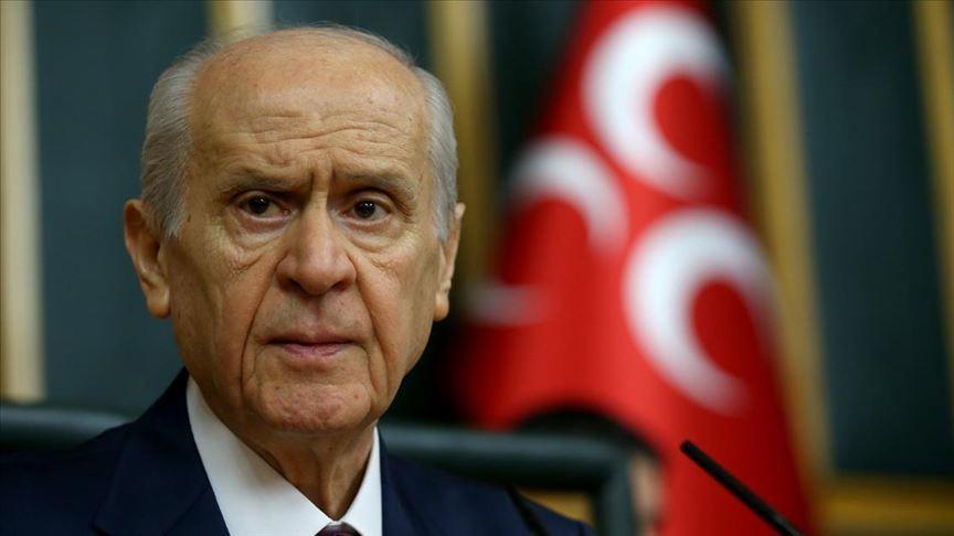 Bahçeli: MHP, mezkur istifanın kabul edilmemesinden ziyadesiyle memnundur