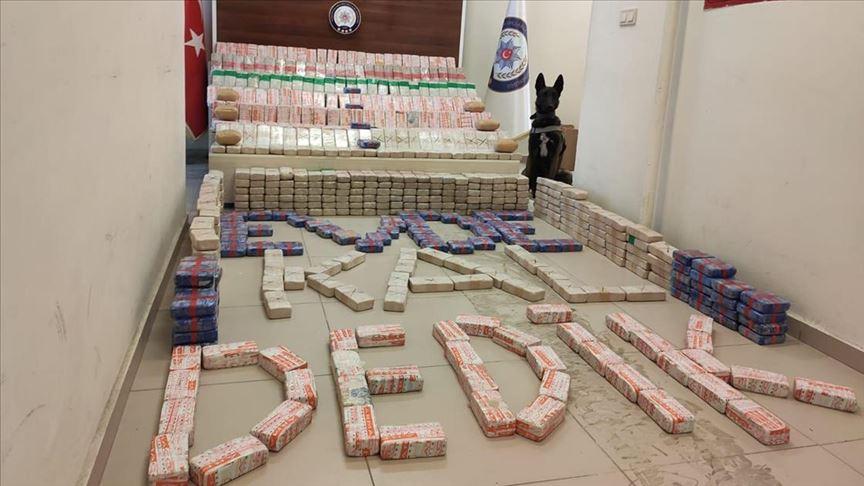 Van polisi uyuşturucu operasyonlarıyla terörün finans kaynağını kurutuyor