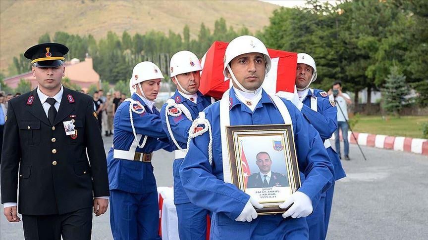 Soylu: Jandarma Binbaşı Akkuş'un şehit edildiği olayın faili terörist etkisiz hale getirildi