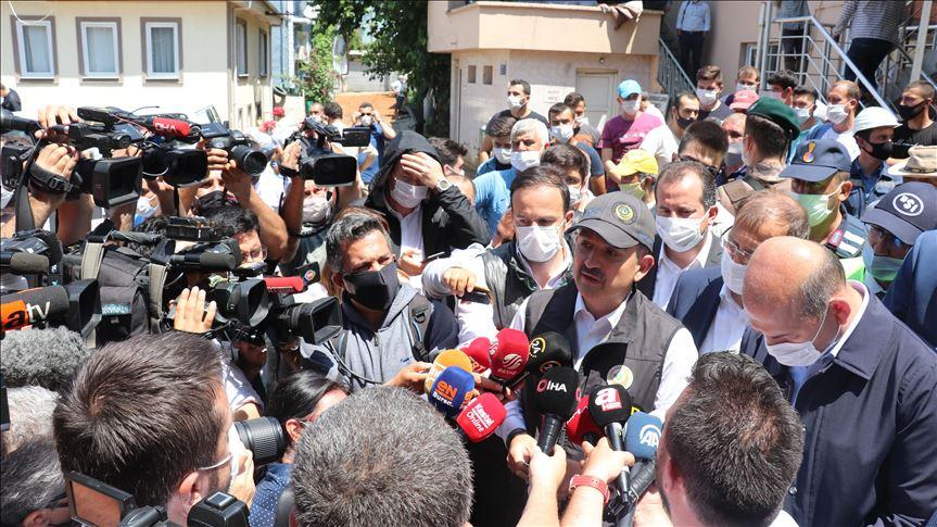 """""""Bursa'daki selde zarar gören köylerimizle alakalı 1 milyon liraya yakın destek getirdik"""""""