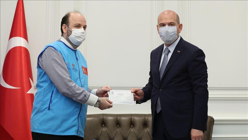 İçişleri Bakanı Soylu, İdlib için 10 briket ev bağışladı!