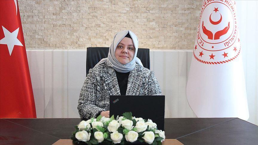Bakan Zehra Zümrüt Selçuk: Nakdi ücret desteği ödemeleri 8-10 Temmuz tarihleri arasında yapılacak